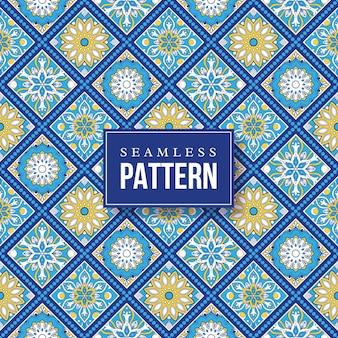 원활한 손으로 그린 만다라 패턴입니다.