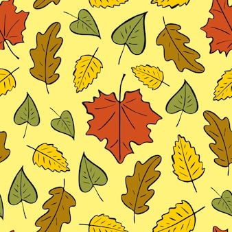 Seamless pattern of autumn leaves. autumn bright pattern, hand-drawn doodle fallen leaves