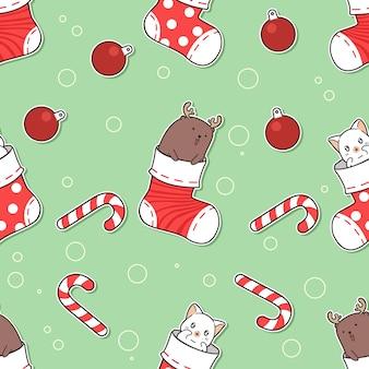 靴下漫画のシームレスなパターンの猫とトナカイ