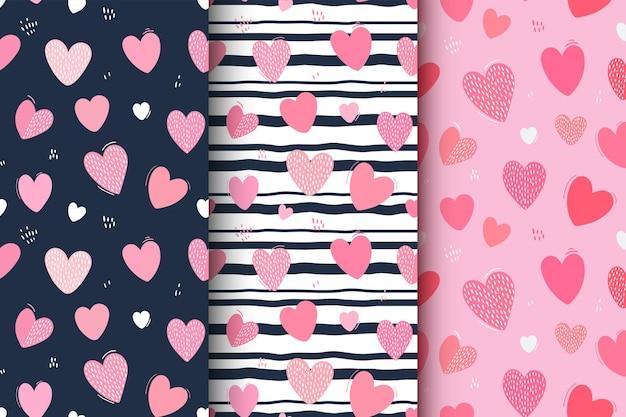 Seamless pattern of cute hearts. decorative wallpaper.
