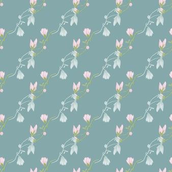 水色の背景にシームレスなパターンのマグノリア。パステルピンクの花の美しい飾り。生地の幾何学的な花のテンプレート。デザインベクトルイラスト。