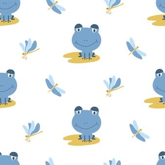 Бесшовный фон из синих лягушек на желтых листьях со стрекозами на белом фоне. идеально подходит для детской ткани, домашнего декора и оберточной бумаги.