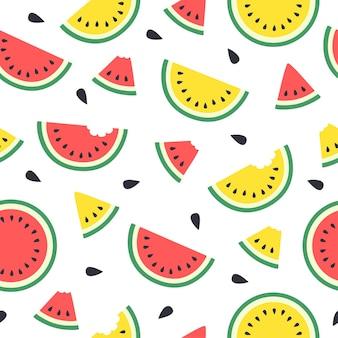 귀여운 빨간색과 노란색 수박 조각의 완벽 한 패턴