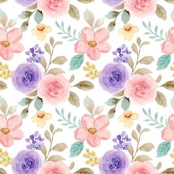Бесшовный фон из розовых и фиолетовых роз с акварелью