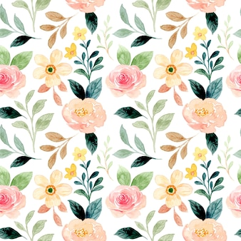 Seamless pattern of peach floral with watercolor