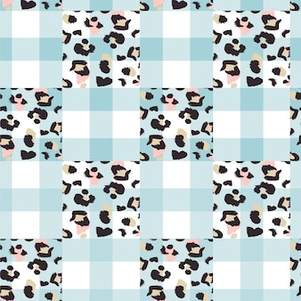 Seamless pattern with animal print