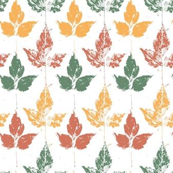 자연 그늘에 단풍과 완벽 한 패턴입니다. 흰색 바탕에 그런 지 질감 색된 나뭇잎.