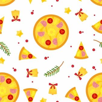 Бесшовный фон с рождественской пиццей, еловыми ветками и колокольчиками.
