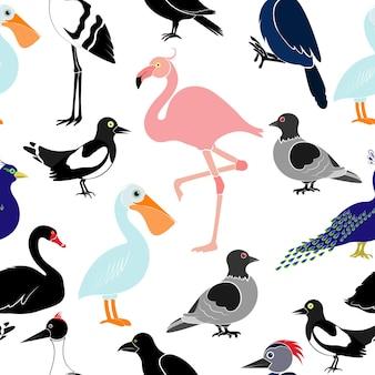 白い背景の上のさまざまな鳥とのシームレスなパターン。ペリカン、フラミンゴ、キツツキ、白鳥、カササギ、ツバメ、カラス、クレーン、孔雀、鳩。