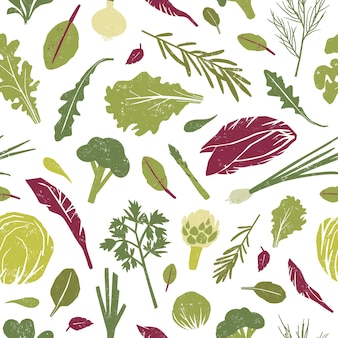 Бесшовный фон с зелеными растениями, вкусными овощами и листьями салата.