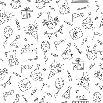 Seamless pattern with happy birthday doodles. sketch of party decoration, funny smily children face, gift box and cute cake