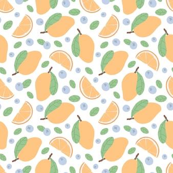 マンゴー、柑橘類のオレンジスライス、ブルーベリー、緑の葉とのシームレスなパターン