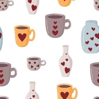 Бесшовный фон с кружкой, чашкой, бутылкой, банкой и сердечками