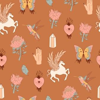 神秘的な要素とのシームレスなパターン。翼、鳥、プロテアの花、クリスタル、自由奔放に生きる蝶、占い師の手を持つ馬。