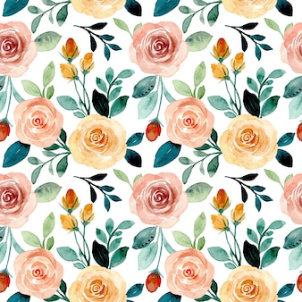 Seamless pattern with roses floral watercolor