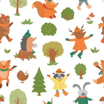 ベクトル秋の文字とのシームレスなパターン。かわいい森の動物は背景を繰り返します。秋の季節の風合い。ハリネズミ、キツネ、鳥、鹿、ウサギ、クマ、リス、木と面白い森のプリント。
