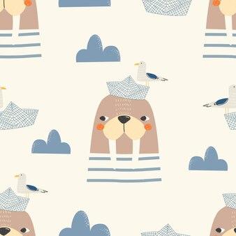 白い背景の上のセイウチの鳥の雲と紙のボートとのシームレスなパターンベクトル