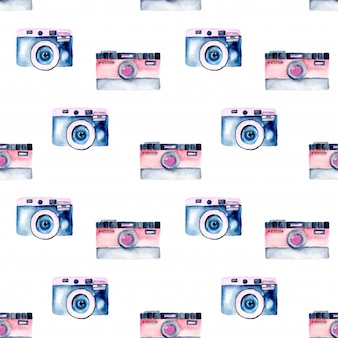 Seamless pattern with watercolor retro cameras