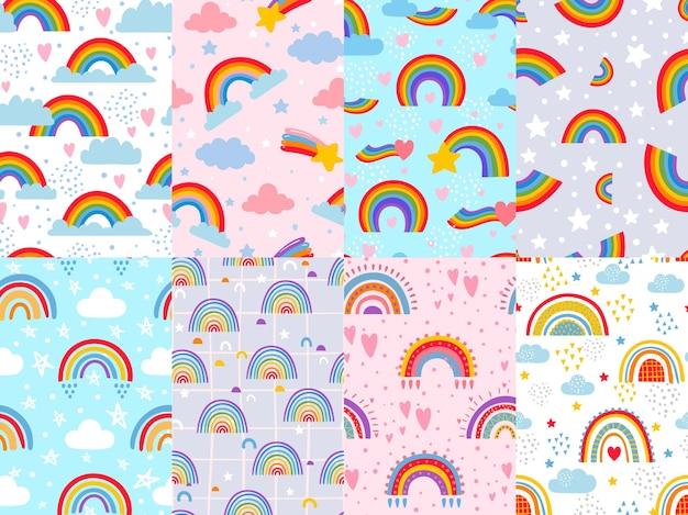 シームレスなレインボーパターン。空の星、雲、虹、カラフルな弧の装飾の背景ベクトルイラストセット。子供部屋、テキスタイル、ファブリックのパステルカラーのデザイン