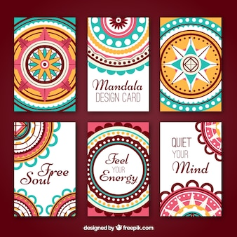 ラウンドマンダラで装飾的なカードの選択