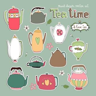 Выбор различных рисованной векторных чайников и чайников в ретро и современном стиле