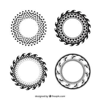 Set of 6 round frames
