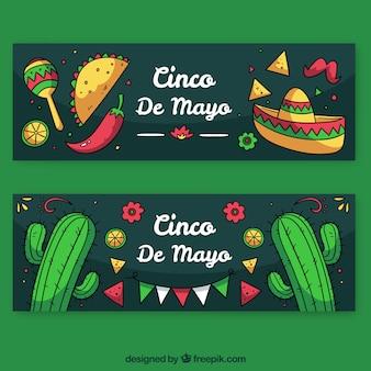 Insieme delle bandiere di cinco de mayo con elementi messicani