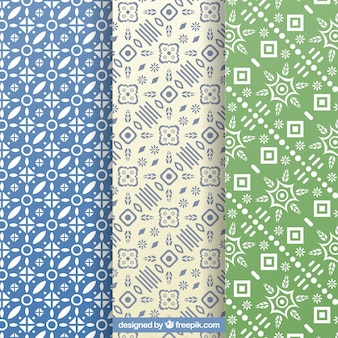 Set of decorative patterns with geometric shapes