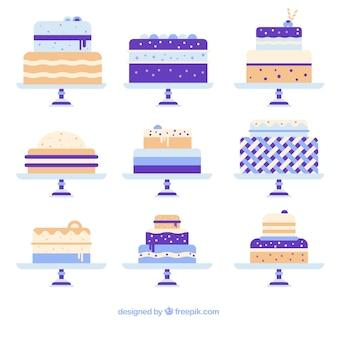 Set di deliziose torte con glassa e crema