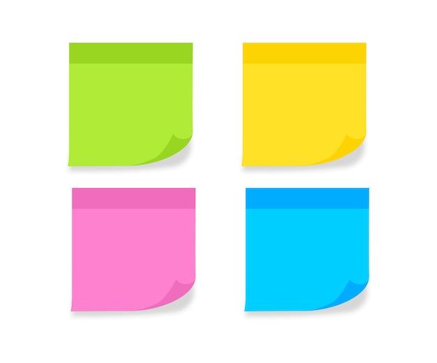 Установите разноцветные листы бумаги для заметок. пустой пост для сообщения, списка дел, памяти. липкие цветные заметки. бумага для заметок с загнутыми углами и тенями. векторная иллюстрация