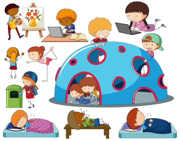 Set di diversi personaggi dei cartoni animati per bambini scarabocchiati