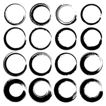 Set of grunge circles, grunge round shapes