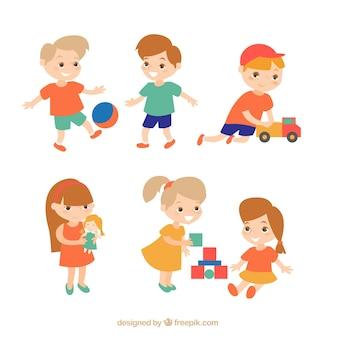Set di bambini felici che giocano