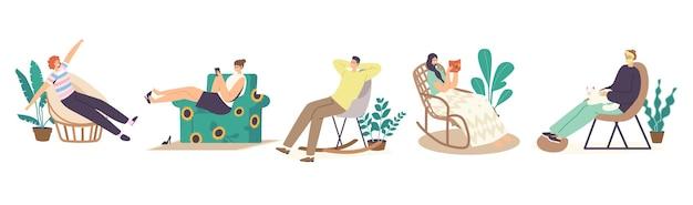 Набор мужских и женских персонажей расслабьтесь дома в удобных креслах или креслах, дизайн мебели, расслабляющее свободное время. отдых после работы или выходных в гостиной. мультфильм люди векторные иллюстрации