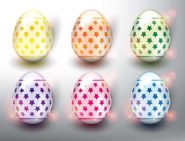 Набор из 6 цветных пасхальных яиц. пастельные цвета пасхальные яйца со звездами. изолированный на белой панели.