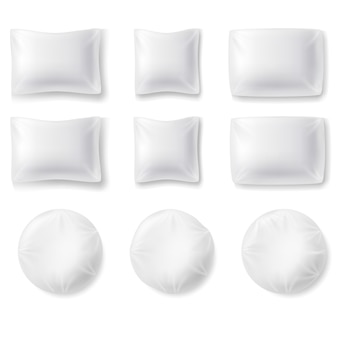 現実的な枕のセット
