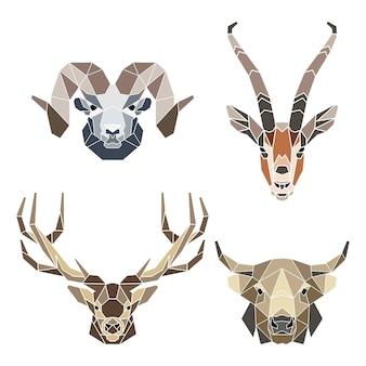 抽象的な幾何学的な角のある動物の顔、ヤギアンテロープ鹿の雄牛、モザイクの肖像画のセット