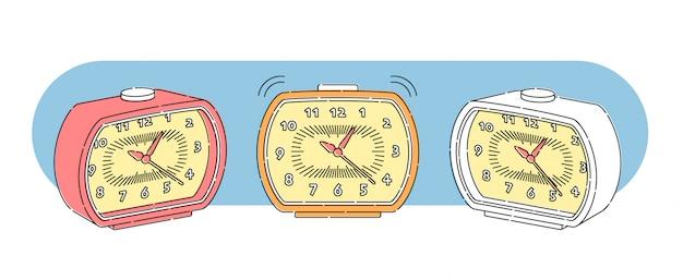ビンテージスタイルの目覚まし時計のセット