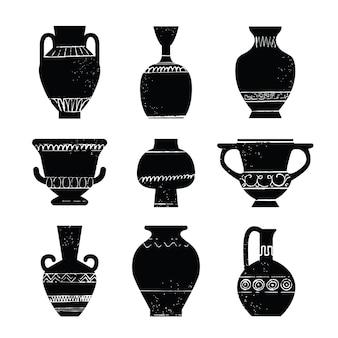 미니멀한 패턴의 골동품 그리스 꽃병과 암포라 세트 세라믹 도자기 오래된 점토 주전자