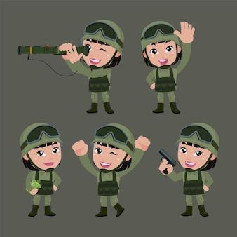 Набор армейских солдат женщины в униформе с разницей в действиях