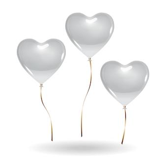 Набор воздушных шаров в форме сердца изолированного на белом