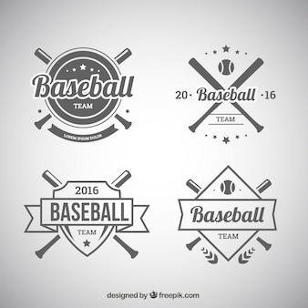 野球のバッジのセット