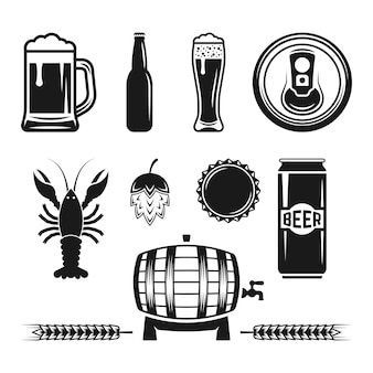 白で隔離されるビールとビール醸造所のモノクロデザイン要素のセット