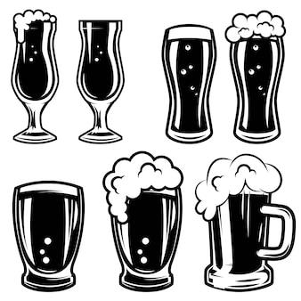 ビールジョッキのセットです。ロゴ、ラベル、エンブレム、記号、バッジの要素。図