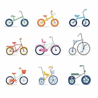 세발 자전거에서 청소년 자전거까지 자전거 세트. 프레임 유형이 다른 다채로운 자전거. 평면 그림을 설정합니다.
