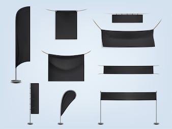 Набор черных пустых текстильных баннеров или флагов, растянутых и висящих
