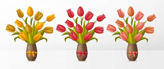 리본으로 꽃병에 튤립 꽃다발의 설정. 노랑, 빨강 및 분홍색과 같은 다른 색상의 꽃. 삽화.