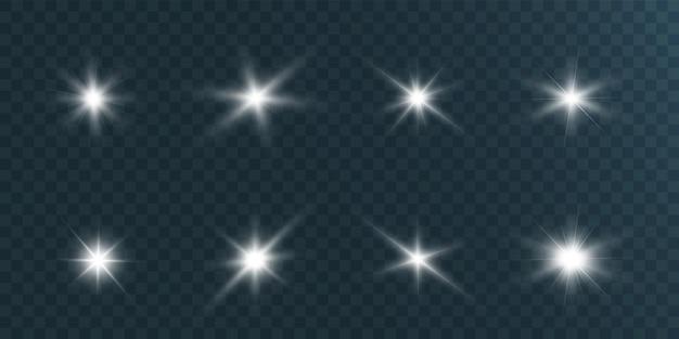 Набор ярких красивых звезд на прозрачном фоне иллюстрации.