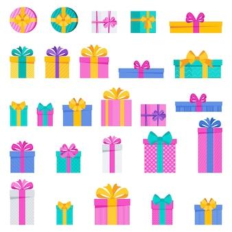明るく楽しいホリデーギフトボックスのセット誕生日新年とクリスマス記念日のカード用