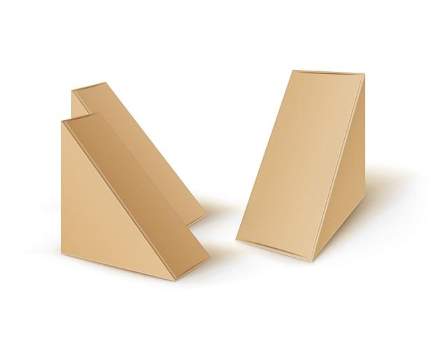 브라운 빈 마분지 삼각형의 세트는 샌드위치를 위해 포장하는 상자를 나 릅니다